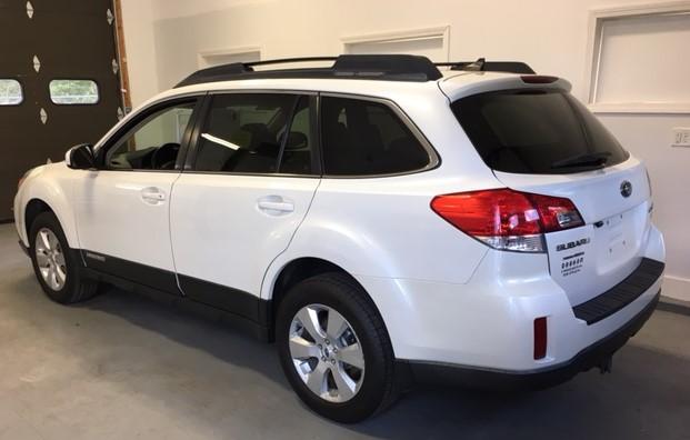 2012 Subaru Outback White Bob Graham Auto Sales And Service